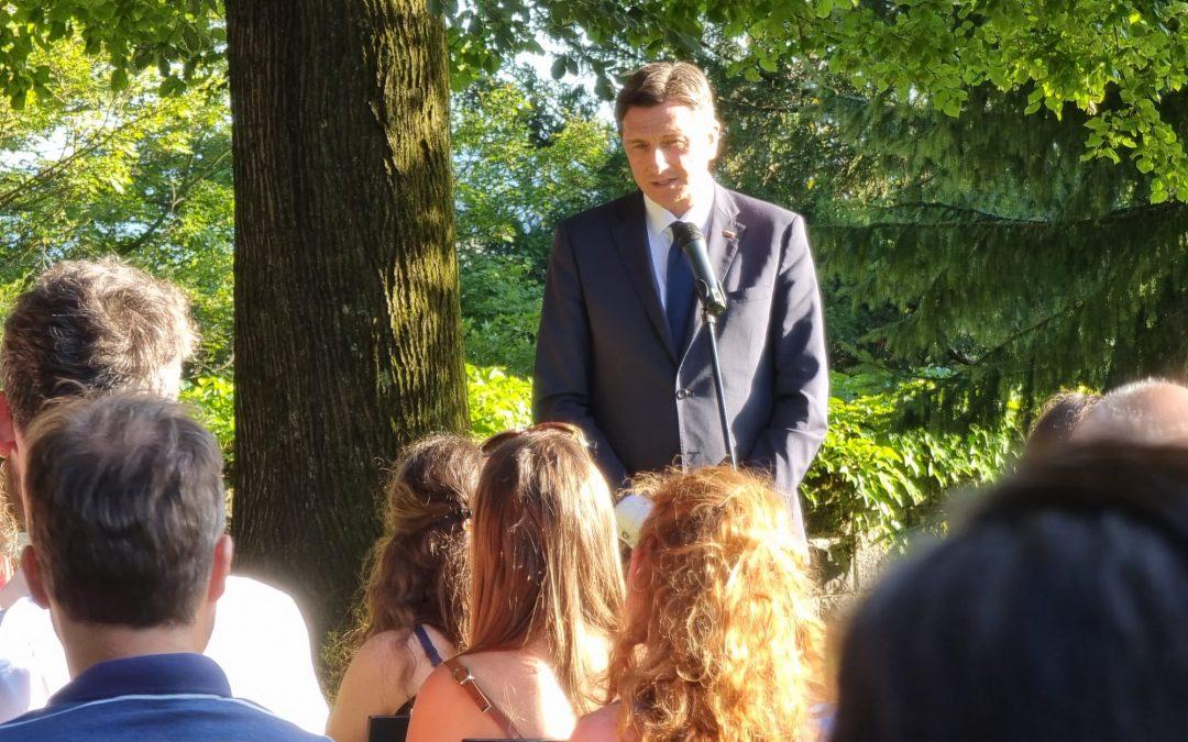 Pogovor o Prihodnost Slovenije skozi oči mladih v tujini in doma pri predsedniku Pahorju
