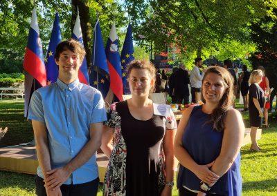Prihodnost Slovenije skozi oči mladih v tujini in doma – julij 2021